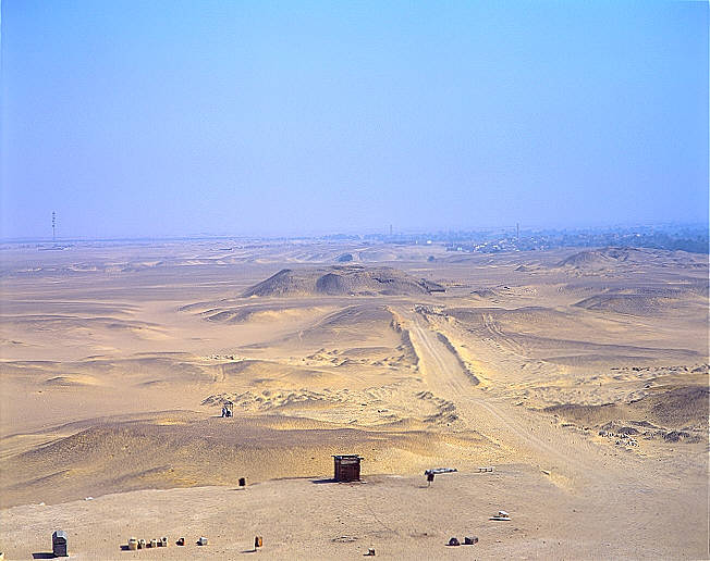 meidum%20mastaba%20field%20north_640.jpg